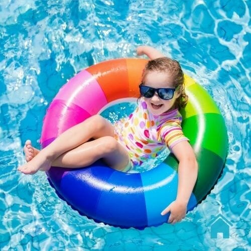 kid-floaty-weekly-pool-cleaning-services